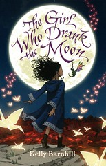 The Girl Who Drank the Moon (Vernon Barford School Library) Tags: kellybarnhill kelly barnhill fantasyfiction fantasy fiction friendship magic witches family families multigenerational bildungsromans comingofage vernon barford library libraries new recent book books read reading reads junior high middle vernonbarford fictional novel novels paperback paperbacks softcover softcovers covers cover bookcover bookcovers 9781338167016