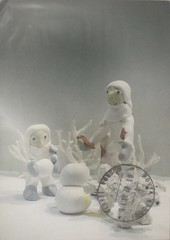 (katrintm) Tags: postcrossing postcard painting illustration winter mother children snow chilhood
