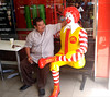 Java East-Malang Ronald McDonald 20171209_130609 LG (CanadaGood) Tags: asia seasia asean indonesia java eastjava malang mcdonalds restaurant people person statue advertising canadagood 2017 thisdecade color colour yellow red white cameraphone