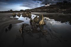 Locquirec... (De l'autre côté du mirOir...) Tags: locquirec bretagne breizh bzh brittany finistère paysage eau ciel mer littoral sable plage fr france french nikon nikkor d810 nikond810 240700mmf28