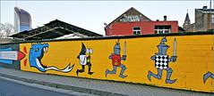 La Tour des Finances et une fresque rue Varin, Liège, Belgium (claude lina) Tags: claudelina belgium belgique belgïe liège fresque finances architecture arturbain tour tower tourdesfinances dessin mur