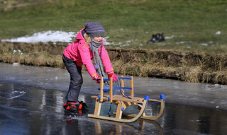 The easiest way to learn ice-skating