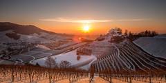 D U R B A C H (Nowak Christoph) Tags: durbach schloss sonne untergang sonnenuntergang winter canon 6d 24105 l himmel berg schnee landschaft