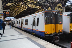London Overground 315802 (Will Swain) Tags: london liverpool street station 23rd december 2017 class 315 greater capital city south east train trains rail railway railways transport travel uk britain vehicle vehicles country england english overground 315802 802