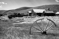 Old Wooden Wheel At Bodie The Ghost Town (thedot_ru) Tags: california bodie ghosttown wooden old wheel sky clouds mountains landscape grass lawn buildings town village ghost mining travel travels travelling adventure wanderlust canon5d 2014