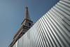 Eiffelturm (andreas.zachmann) Tags: paris10ancienquartierinvalides eiffelturm fra frankreich zaun himmel îledefrance paris16 stahlkonstruktion turm