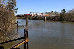 "Way Down Yonder On The Chattahoochee (Mark ""Its What I Do"" Hardin) Tags: river emd gp402 bridge baylinerailroad indianasouthern"