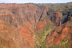 Waimea Canyon (chantsign) Tags: waimea canyon waimeacanyon hawaii kauai waterfall redrock