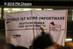 Demonstration: Hinaus zum Frauen*Kampftag, hinaus zum 8. März! Heute wie vor 100 Jahren! Feminismus heißt Widerstand – 08.03.2018 – Berlin – IMG_0503 (PM Cheung) Tags: berlin frauenkampftag2018 08032018 pomengcheung stilllovin'feminism ypj m18 topb3rlin rassismus demonstration hermannplatz berlinneukölln kreuzberg pmcheung 2018 polizei internationalerweltfrauentag iwd antifa lgbt antifaschisten mengcheungpo feminismusheistwiderstand makefeminismathreat nika nationalismusistkeinealternative afd rechtsruck alternativefürdeutschland facebookcompmcheungphotography demo protest flüchtlinge refugees frauenrechte weltfrauentag frauenkampftag demonstrationszug frauentagdemo homophobie queer feminismus feminism bündnisfürsexuelleselbstbestimmung metoo lgbtqi patriachat