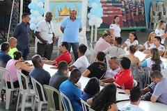 Fui participar do almoço de confraternização dos amigos da Vila Olímpica da Maré, um complexo socioesportivo que visa atender a comunidade local e moradores próximos.  Ao lado do presidente da VOM, Amaro da Maré, me senti muito acolhido por todos.