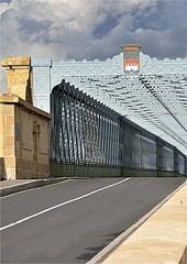 CV 274 (cadayf) Tags: 33 gironde ouvrage pont bridge eiffel métal acier steel architecture pierre stoneciel sky nuage cloud
