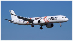 N924VA (gankp) Tags: ronaldreagannationalairport dca airplanespotting arrivals sanfranciscogiantslivery alaskaairlines a321 airbus