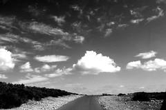 Formentera strasse weg IMG_1700 (Rossi Raslof) Tags: formentera mittelmeer thomas rossi rassloff fotograf photographer urlaub reise fotografie landschaft meer strand spain spanien black white schwarz weiss