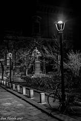 Notturno d'Artista (Gian Floridia) Tags: francescohayez milano piazzettabrera bn bw bicicletta bienne lampione monumento notturno statua lombardia italy it