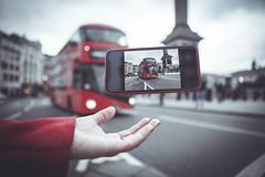 Trafalgar Square (www.javierayala-photography.com) Tags: london england iphone iphonex floating red buss trafalgarsquare unitedkingdom londres