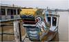 2197- LA PROA DE UN BARCO-DRAGÓN SOBRE EL RÍO PERFUME - HUE - (--MARCO POLO--) Tags: barcos ríos ciudades asia exotismo curiosidades
