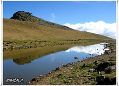 Montaña, lago, nubes y un reflejo---(Mountain, lake, clouds and a reflection) (# RAMÓN Mortadelo #) Tags: mortadelo65pp montaña lago nubes reflejo mountain lake clouds reflection martesdenubes felizmartesdenubes happytuesdayclouds