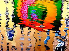 P4380215 (gpaolini50) Tags: riflessi riflessioni reflection photoaday photography photographis photographic phothograpia pretesti photoday colore cityscape emotive esplora explore explored emozioni explora emotion e