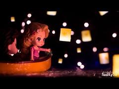 And at last I see the light (Sabrina Franzoni) Tags: tangled disney rapunzel kyloren star wars sadkylo iseethelight movie scene princess nendoroid goodsmilecompany goodsmile gsc boat lights toy toyart toyphotography doll girl bokeh