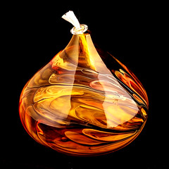 Glass Kersosene lamp. (PJD-DigiPic) Tags: pjddigipic yellow orange lamp kerosenelamp glass wick light handblownglass golden