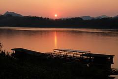 Sunset over Mekong. Luang Prabang, Laos. (nishi7ling) Tags: sunset mekong mekongriver luangprabang laos river