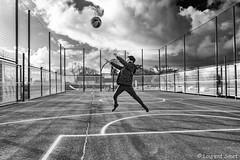 Jump. (laurent.smet) Tags: diego jeunesse youth basket sport noirblanc blackwhite laurentsmetphotographies