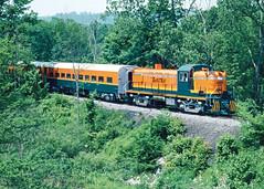 605_06_09 (2)_crop_clean (railfanbear1) Tags: bkrr alco