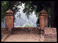 Annex structure #1, Residency, Lucknow (Suman Chatterjee) Tags: lucknow oudh awadh baraimambara hussainabad nawab rumidarwaza gomtiriver chotaimambara machchibhawan saadatkhan shujauddaula asafuddaula saadatalikhan wajidalishah residency sumanchatterjee