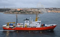 #SOS #MEDITERRANEE #NGORescueVessel #AQUARIUS entering #Valletta (#GrandHarbour), #Malta - 05.02.2018 - www.maltashipphotos.com (Malta Ship Photos & Action Photos) Tags: sea illegal immigrants rescue palumbo repair shipyards german ship