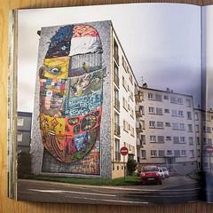 Crimes-of-mind-Brest-2011-dame (Kan/DMV) Tags: streetart streetpointillist bigmural mural spray graffiti dmv brest damentalvaporz spraypaint kandmv