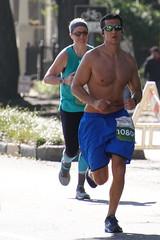 07 Rock 'n' Roll Marathon (Omunene) Tags: humanarocknrollmarathonneworleans2018 brooks race marathon 42195k 26219m esplanadeavenue faubourgstjohn neworleans runners shirtless pecs nipples navel bellybutton chest