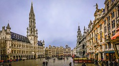 Brussels - grand-Place (✵ΨᗩSᗰIᘉᗴ HᗴᘉS✵66 000 000 THXS) Tags: hensyasmine namur belgium wallonie europa aaa بلجيكا belgique namuroise proxi belga info look photo friends bélgica ベルギー белгия բելգիա belgio 벨기에 belgia бельгия 比利时 bel be ngc saariysqualitypictures wow yasminehensinterst intersting interestingness eu fr greatphotographers lanamuroise grandplace bruxelles brussels town architecture capitale