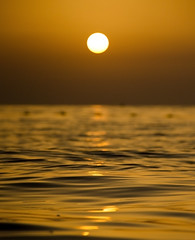 Jumeirah sunset, Dubai (Gadjowsky) Tags: sunrays sunset beach dubai sea seaside sun nikon d5100 nature ambient atmosphere