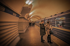 Going underground (Tony_Brasier) Tags: russia saintpetersburg underground trains people photos indoors lovely location fast clean nikond7200 sigma 1750mm