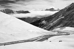 La route du Col de Vars (Olivier Wajsfelner) Tags: stpaulsurubaye alpesdehauteprovence france noiretblanc blackwhite ubaye coldevars hiver sony a7rii sony24105