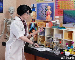Do What You Love: Science (APPark) Tags: dolls fashionroyalty 16scale dioramas sininthecity hobbies miniatures rement science lab biology chemistry inthemixtakeo homme