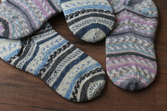 Fraternal twins (sweetpurls) Tags: socks yarn wool knit