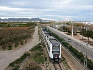 Tren de Metrovalencia (UT 4362) a su paso por ALBALAT DELS SORELLS (Valencia)