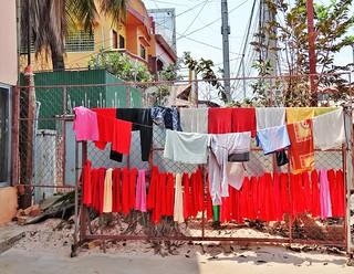 Jour de lessive <> Laundry day.