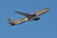 RJ0112 LHR-AMM (A380spotter) Tags: takeoff departure climb climbout belly boeing 787 8 800 dreamliner™ dreamliner jybab إيمانبنتعبدالله princessimanbintabdullah 100greatarabrevoltcentennial الثورةالعربيةالكبرى decal sticker 2016 الملكيةالأردنية royaljordanianairlines rja rj rj0112 lhramm runway09r 09r london heathrow egll lhr
