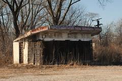 Former Gas Station - Robbins, Illinois (Cragin Spring) Tags: robbins robbinsil robbinsillinois chicagosuburb illinois il midwest unitedstates usa unitedstatesofamerica decay abandoned gasstation