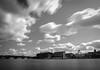 Garonne, vue sur la rive gauche, pose longue (Oldie Séb) Tags: pose longue toulouse garonne