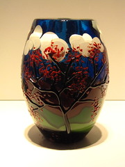 Vase (Itinerant Wanderer) Tags: newyorkstate corningmuseumofglass corning steubencounty voicesofcontemporaryglass