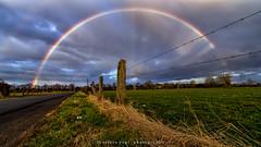 rainbow (fotos_by_toddi) Tags: fotosbytoddi voerde niederrhein nrw nordrhein westfalen natur nature rainbow regenbogen regen kreiswesel germany deutschland drausen sony sonya7 sonyalpha7 sky alpha a7 alpha7 wiesen zaun strase feld wolken wolke clouds cloudy