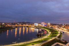 Krakow at blue hour (Vagelis Pikoulas) Tags: krakow poland europe travel landscape city cityscape urban vistula river bridge long exposure blue hour view light lights lightroom colors colours autumn november 2017 canon 6d tokina 1628mm