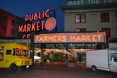 Pike Place 11 (Krasivaya Liza) Tags: pike place market pikeplace pikeplacemarket flowers fish veggies stalls vendors fruit seattle wa washington state pac northwest pacific puget sound waterfront city urban cityscape street streets art snow snowy winter feb 2018