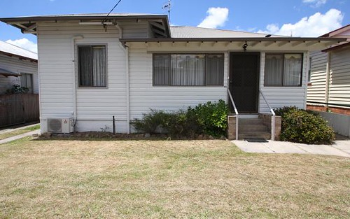 82 High Street, Tenterfield NSW