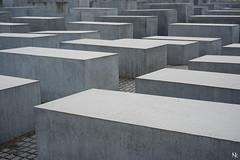 Das Holocaust-Mahnmal (noukorama) Tags: berlin germany holocaustmahnmal holocaust memorial jews