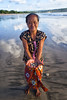 bali (mauriziopeddis) Tags: indonesia bali jimbaran woman clods beach portrait ritratto people reportage canon leica hand sky sea