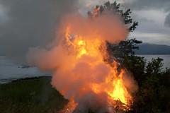 (Beathe) Tags: sando summer midsummer sthans bonfire party people friends food boat fire bål sthansbål img5342